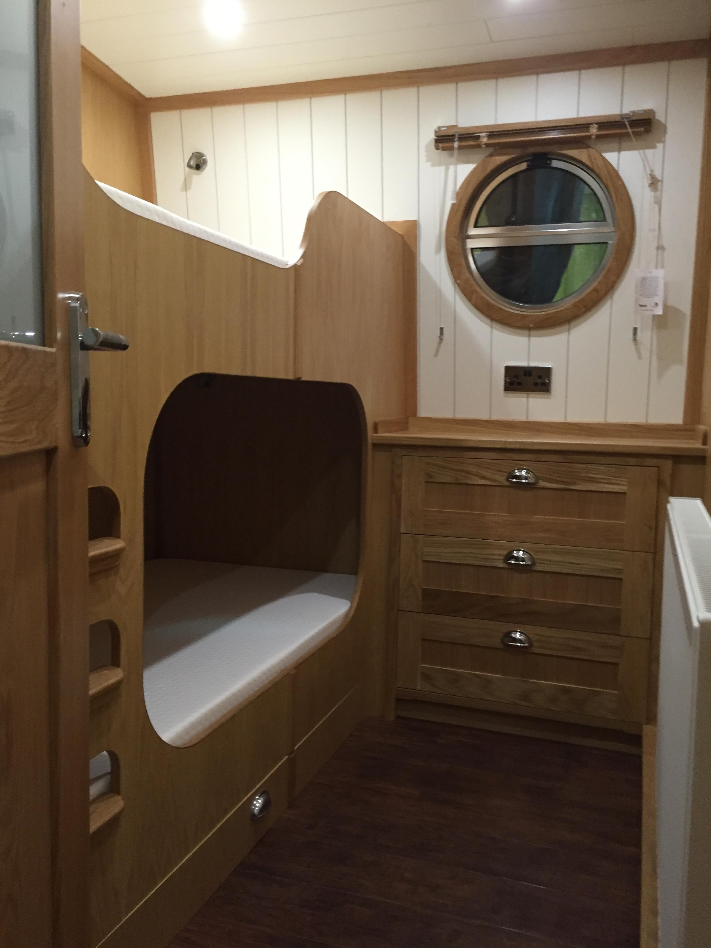 Skylark 62ft X 12ft 6 Widebeam Bluewater Boats Ltd